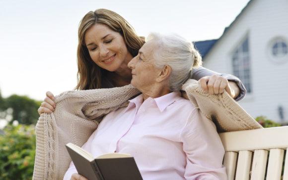 Mejorar la autoestima de las personas mayores y dependientes