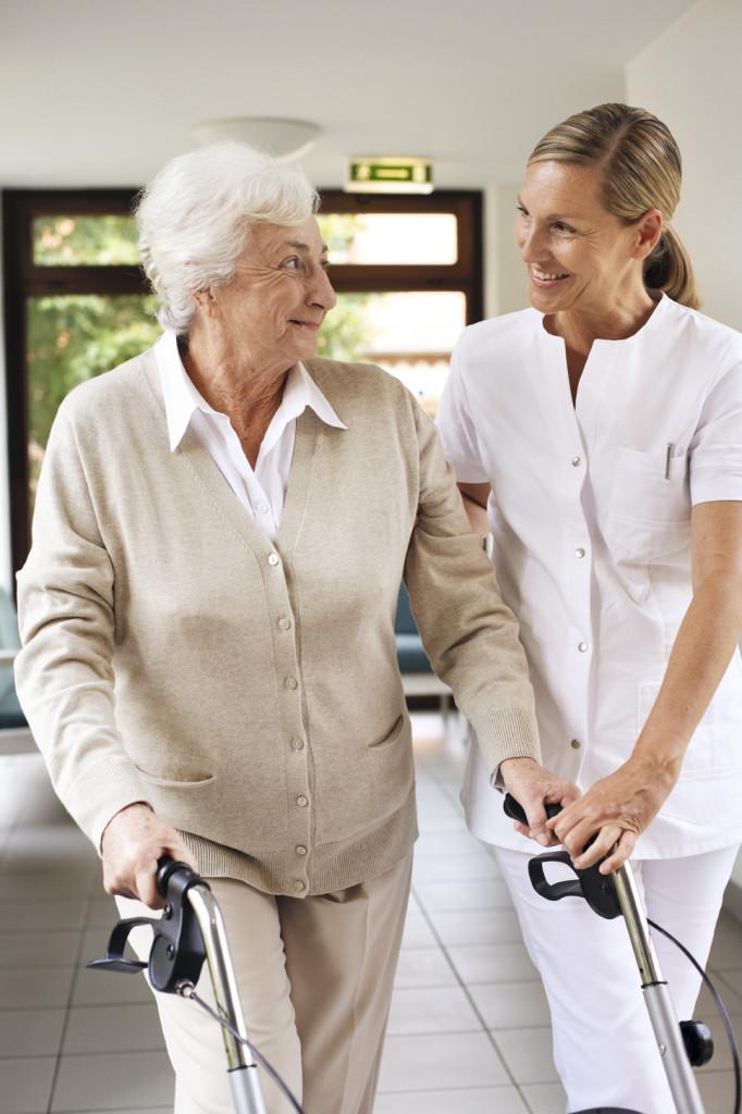 Mantener la autonomía y la movilidad en personas mayores